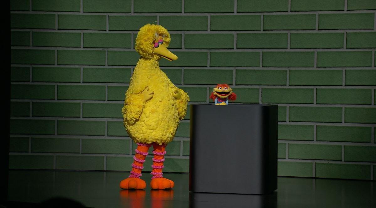 Свое шоу на Apple TV+ будет и у Большой Птицы с «Улицы Сезам». Кадр из презентации Apple