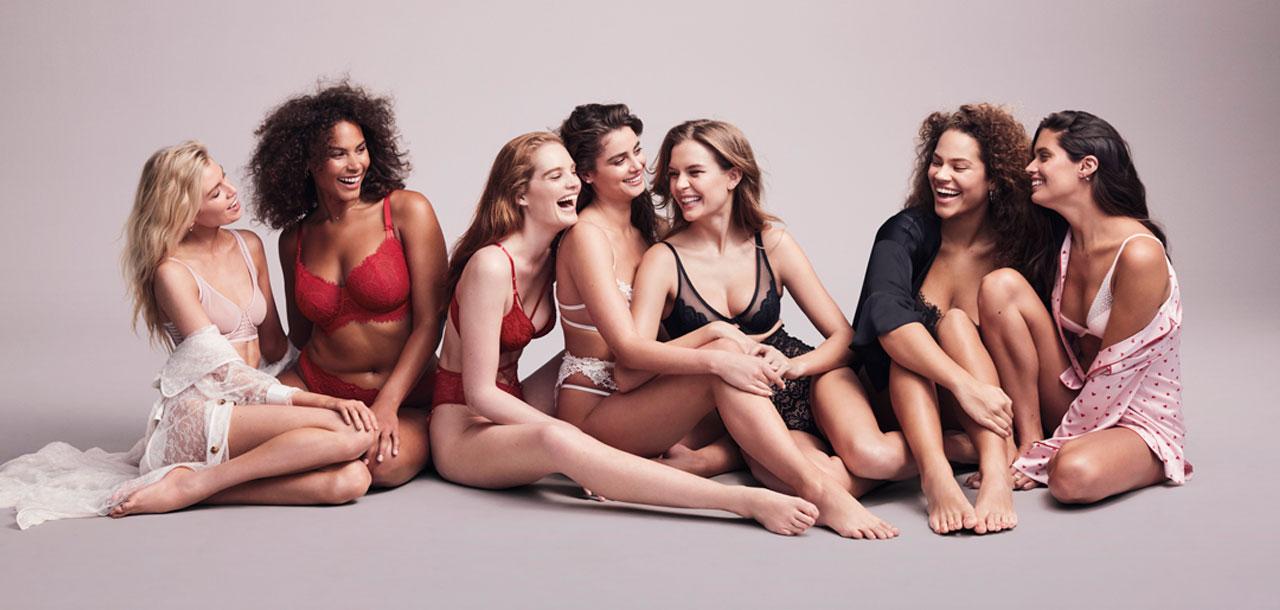 Модели в белье Victoria's Secret